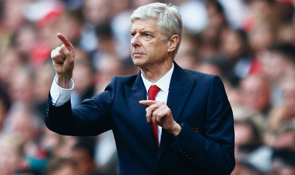 Arsene Wenger holds talk with club's senior officials.