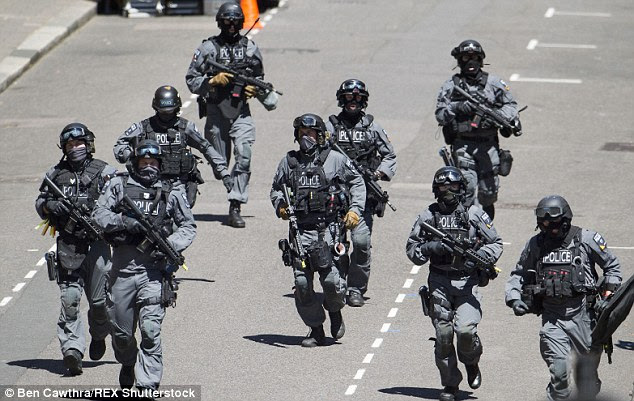 Αποτέλεσμα εικόνας για POLICE TROOPS