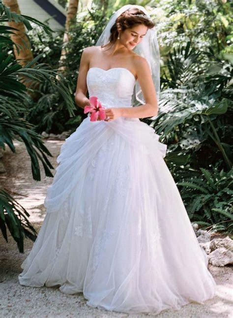David's Bridal WG3403   Bridal Brilliance Rentals