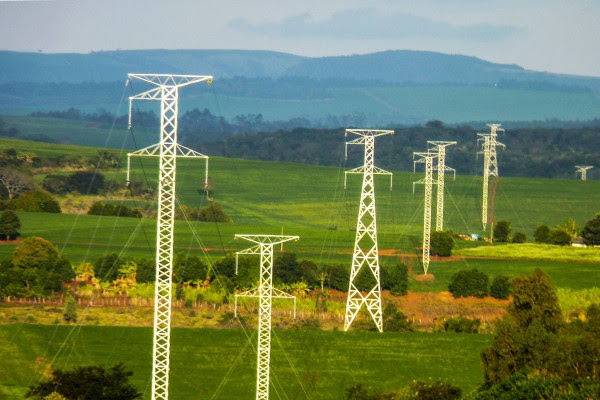 Multinacionais são condenadas por desviar energia elétrica por 16 anos no Brasil
