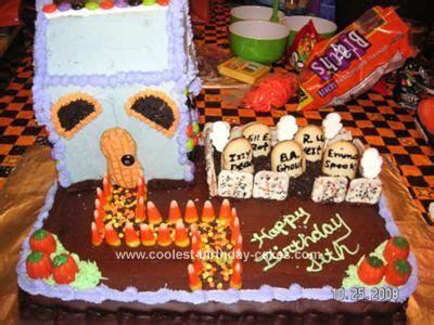 Coolest Homemade Graveyard Cakes