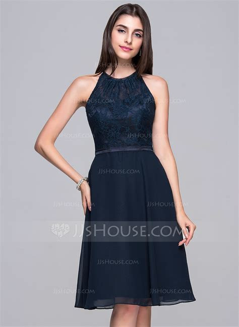 A Line/Princess Scoop Neck Knee Length Chiffon Lace