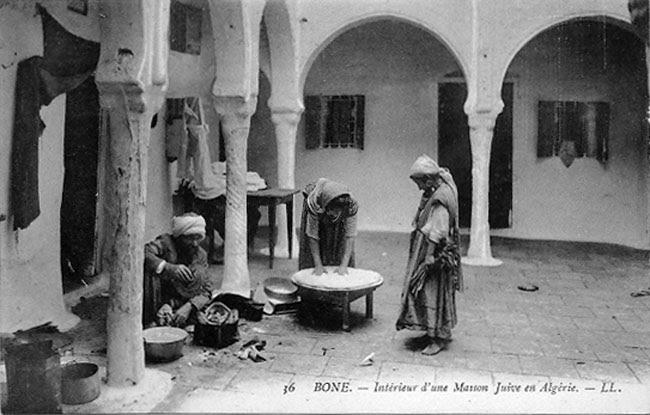 scenes-de-vie-interieur-maison-juive-bone.jpg