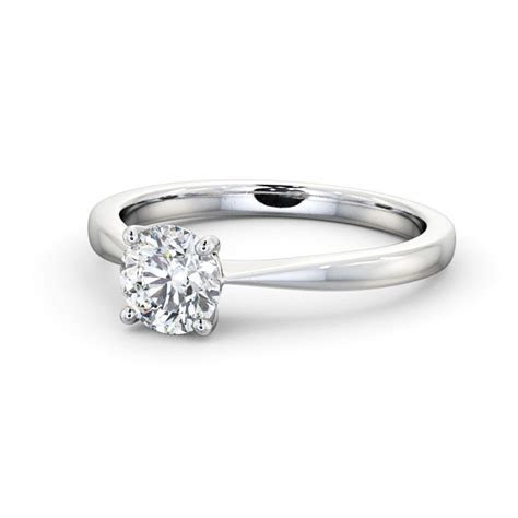 Round Diamond Engagement Ring 18K White Gold Solitaire
