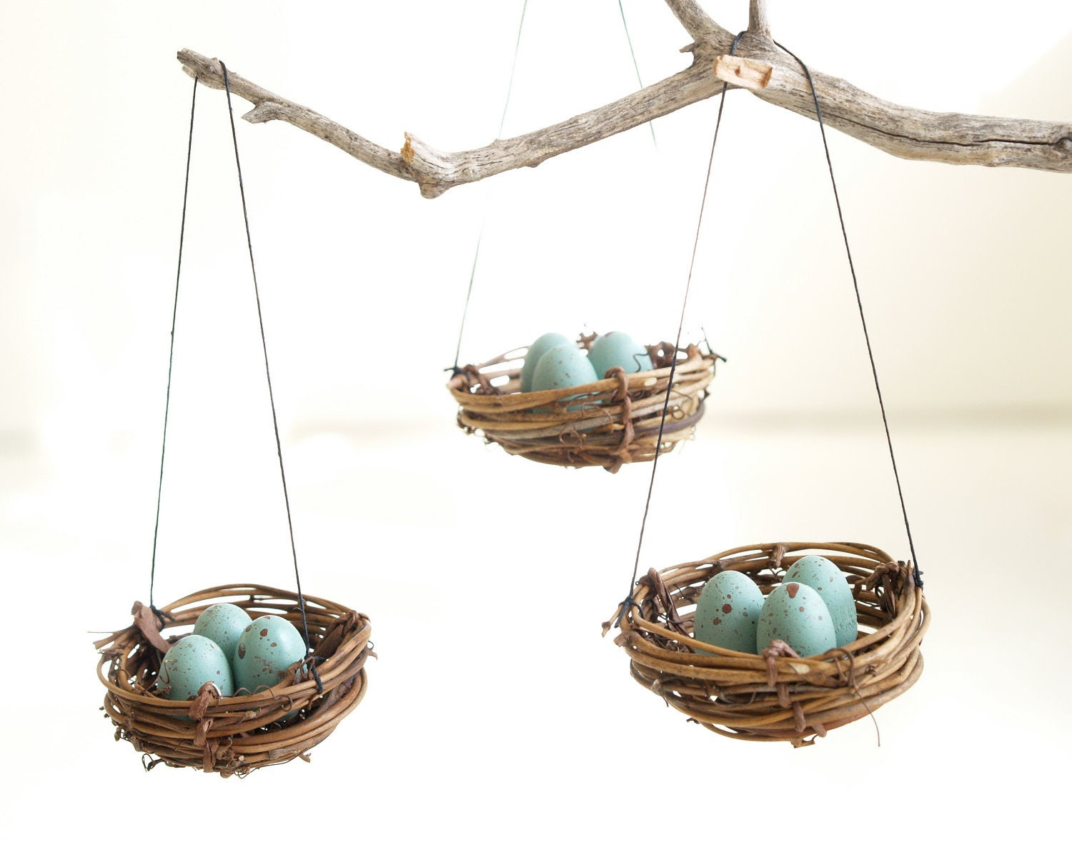 Christmas Ornaments Nest, Blue Robins Eggs, Tree Decorations, Winter Decorating, natural nature inspired handmade eco friendly Home Decor - Fairyfolk