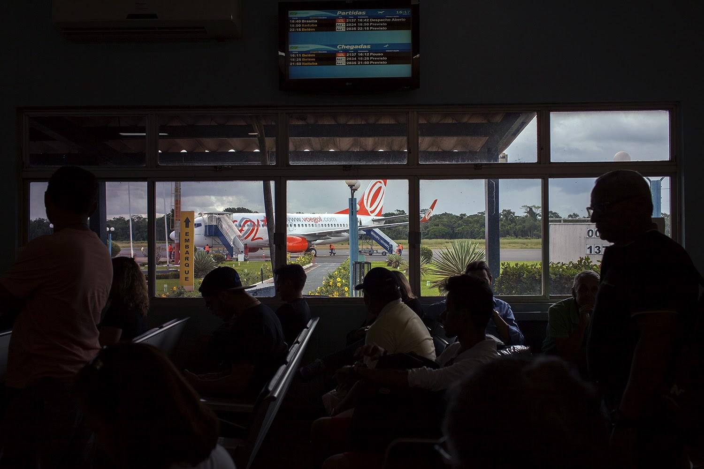 Área de embarque do aeroporto de Altamira em 21 de março de 2016, seis dias antes do último voo da Gol. O fluxo de passageiros no município diminuiu com a proximidade do fim das obras