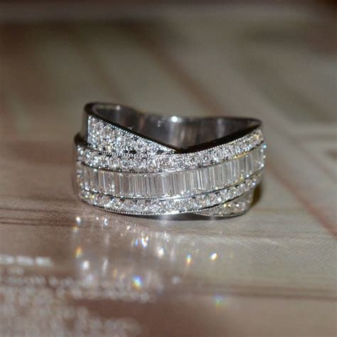 RESERVED: Round and Baguette Cut Diamond Wedding Band 18k