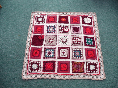Thanks joyce28 for assembling. Thanks to everyone for contributing Squares.