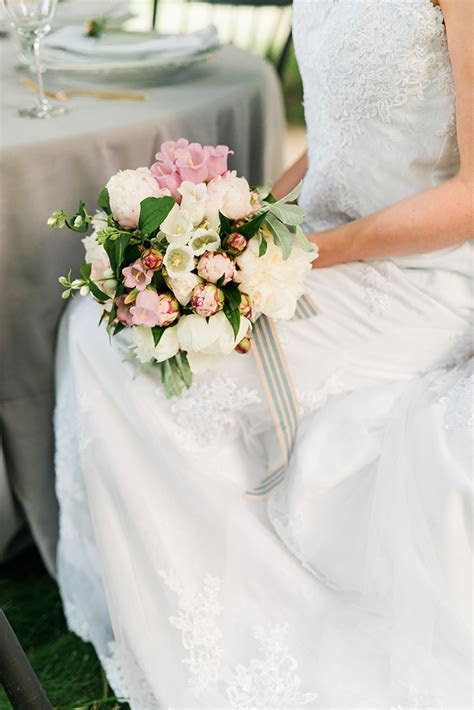 Modern Romantic Garden Wedding Inspiration   Glamour & Grace