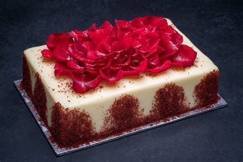 Red Velvet Cake 1/4 Sheet   Porto's Bakery