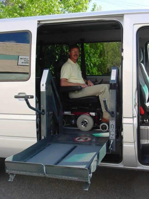 Wheelchair Assistance School Bus Wheelchair Lift Photos