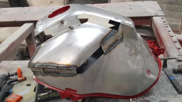 Diy Super Tenere Enlarged Fuel Tank Yamahasupertenerecom