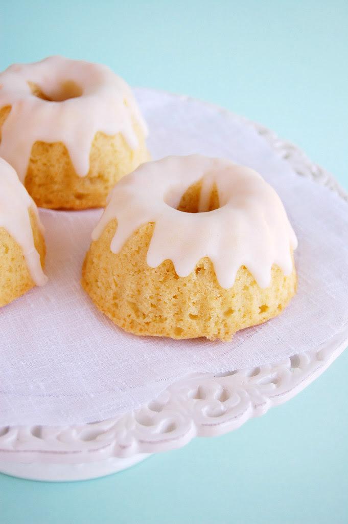 Sour lime cake / Bolo de limão azedinho