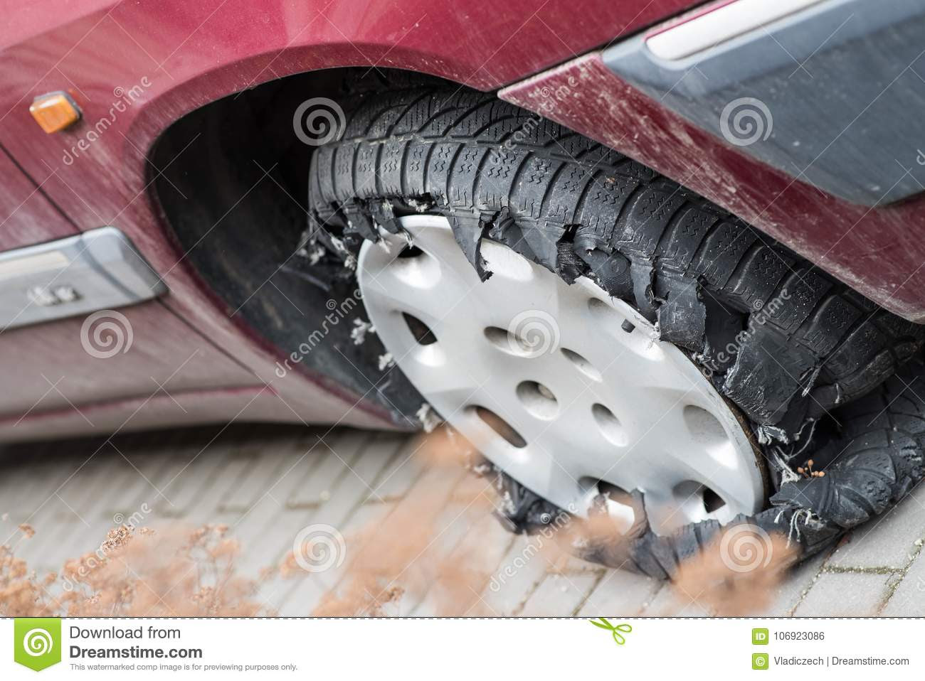 Car Tire Completely Damaged After Leak And Continue