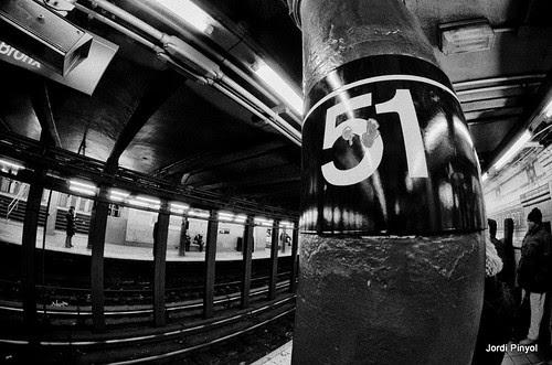 689 by JordiBCN