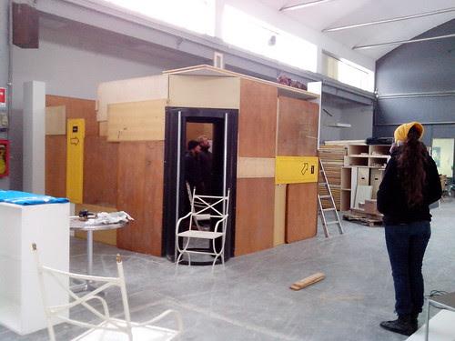 Quasi al completamento dell'installazione by Ylbert Durishti