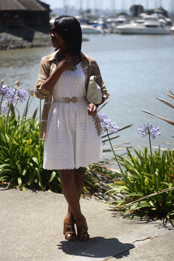photo white_eyelet_dress_old_navy4.jpg