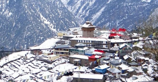 Himachal Is Witnessing A Heavy Snowfall And These Pictures Will Leave You Awestruck