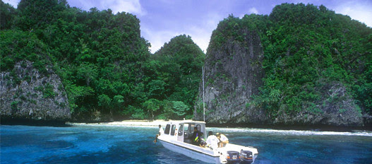 you ever been stranded on an island very far but when you open your eyes, and you ask yourself, is this heaven? yes .... Raja Ampat is West Papua, not heaven.