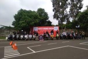 Uji Kemampuan, Komunitas AHPC Ikuti Pelatihan Safety Riding di Wahana Jatake.