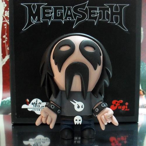 MEGASETH-TOYSREVIL-03