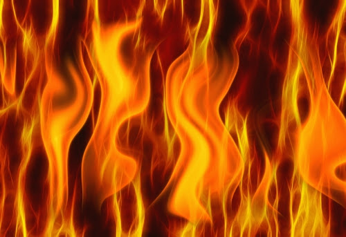 pyro3flammes_2680164.jpg