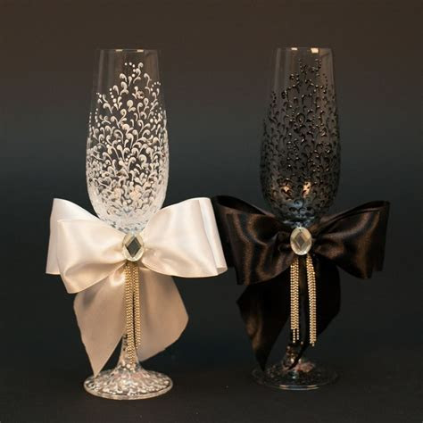 wedding champagne glasses ideas   Kimberly James
