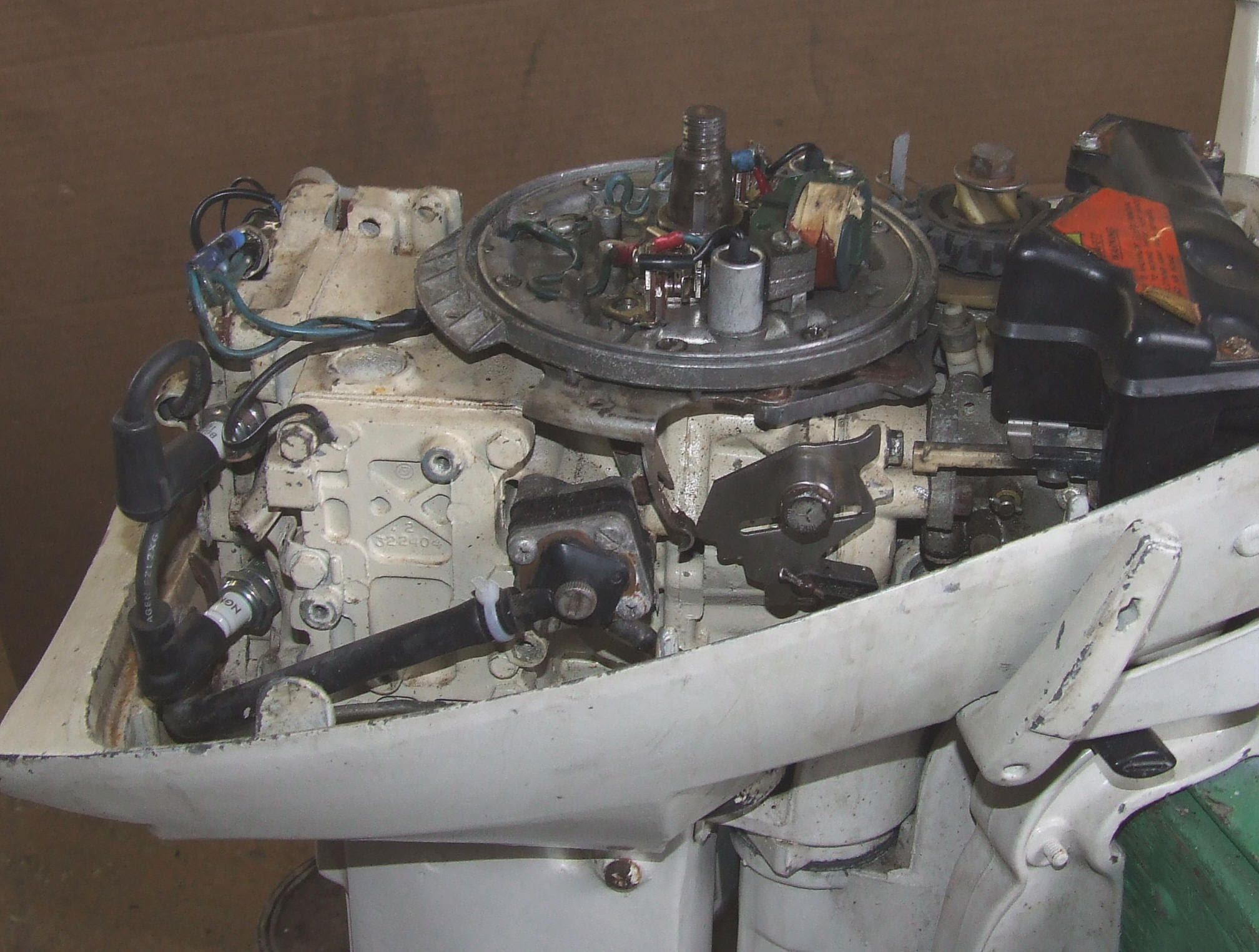 Maintaining Johnson Evinrude 9 9 Part 1