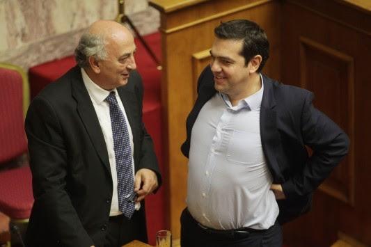 Σκοτωμός στους Δελφούς! Αποχώρησε ο υφυπουργός Εξωτερικών μετά τις δηλώσεις Άδωνι