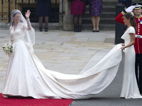 The most expensive celeb wedding dresses EVER!