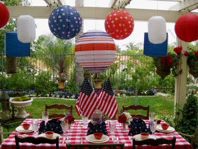 Patriotic decor: Show your red, white, and blue