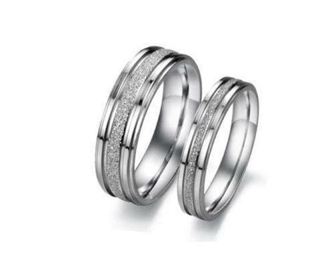 Womens Titanium Wedding Ring   eBay