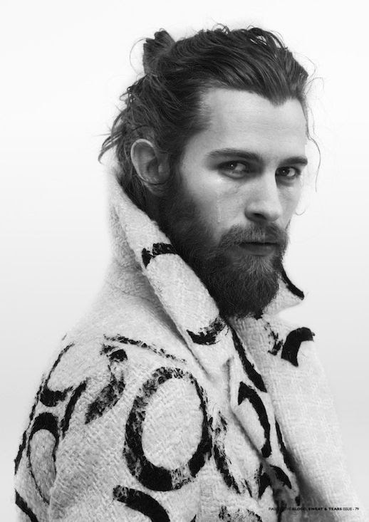 Le Fashion Blog 11 Stylish Hot Guys With Beards Justin Passmore Fiasco Magazine 8 photo Le-Fashion-Blog-11-Stylish-Hot-Guys-With-Beards-Justin-Passmore-Fiasco-Magazine-8.jpg