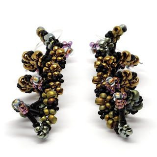 gwenbeads: Beaded DNA Earrings