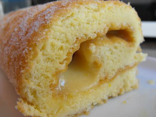 Torta com recheio de lemon-curd