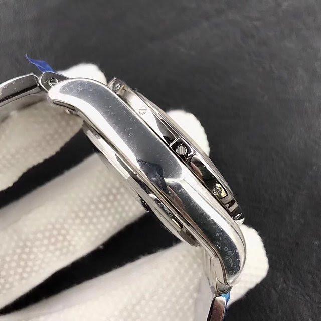 Replica Breitling Chronomat B01 AB0110 Case