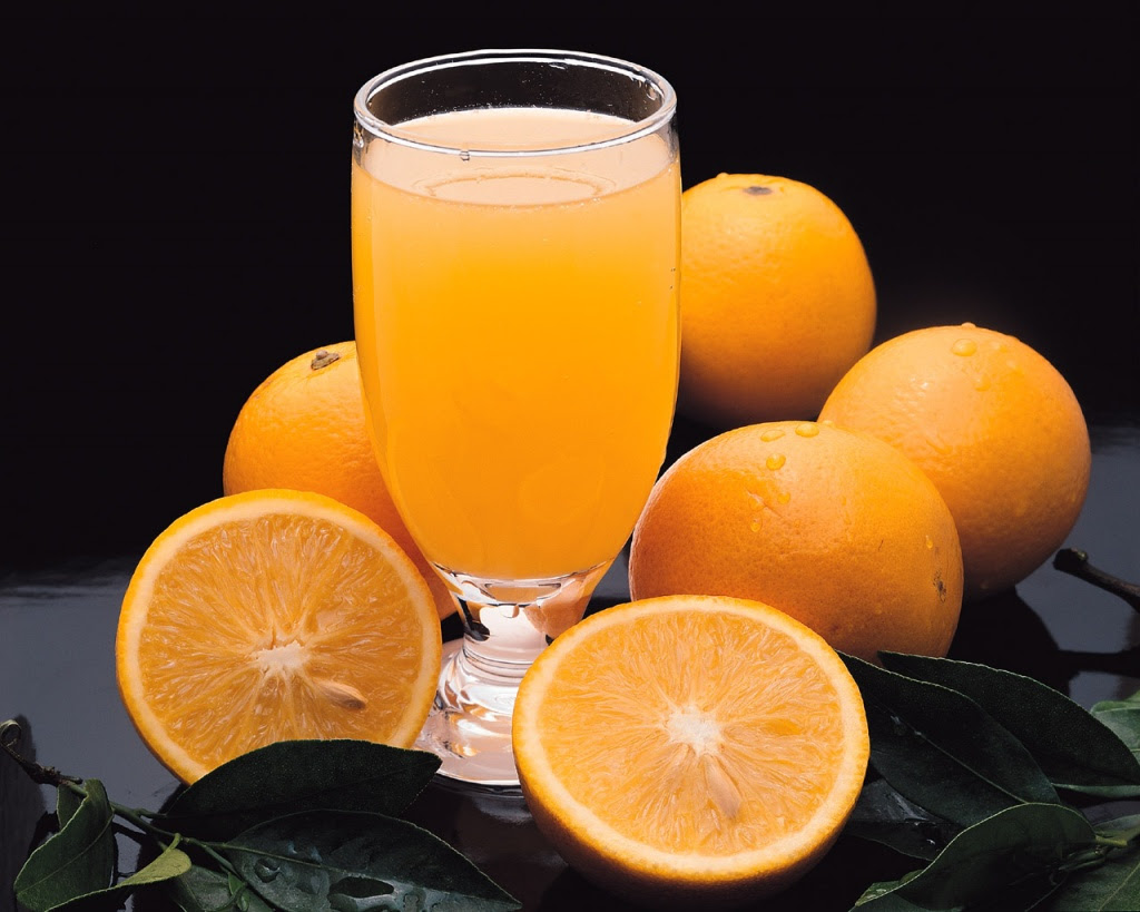 http://leituragastronomica.files.wordpress.com/2009/11/suco-de-laranja.jpg