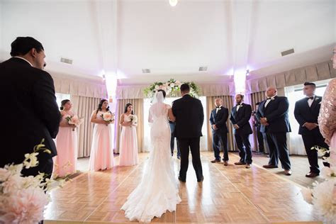 Do You Need A DJ For Your Wedding Ceremony?   Seattle