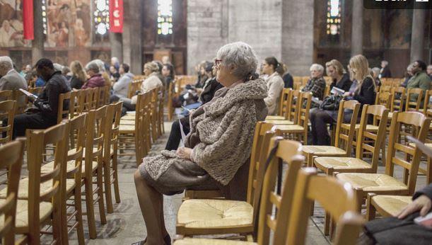 France - Des églises davantage fréquentées suite aux attentats