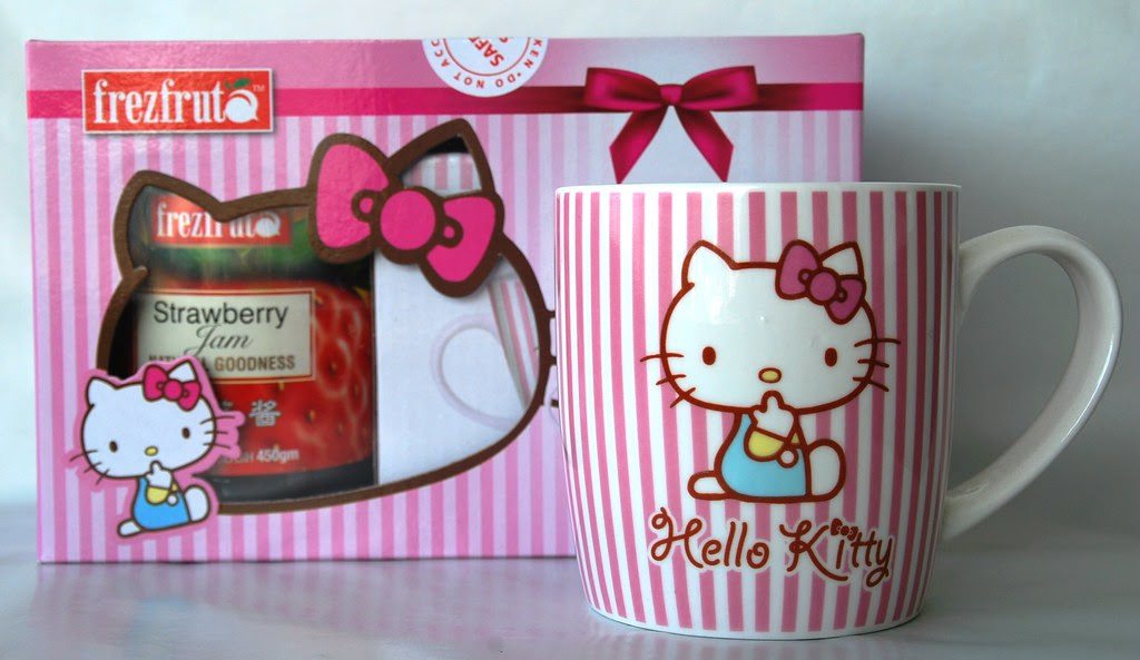 Hello Kitty Cup w Strawberry Jam