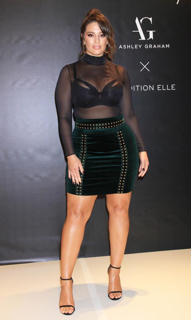 ashley graham look estilismo outfit