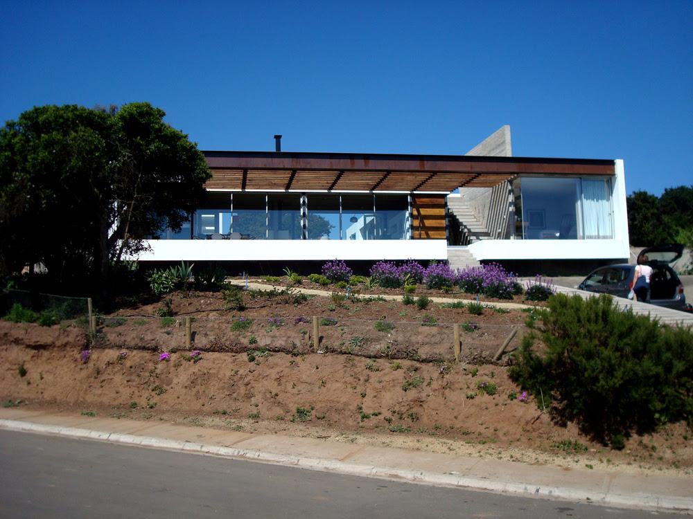 Casa en Lomas Blancas - Cristián Olivi, Arquitectura, diseño, casas