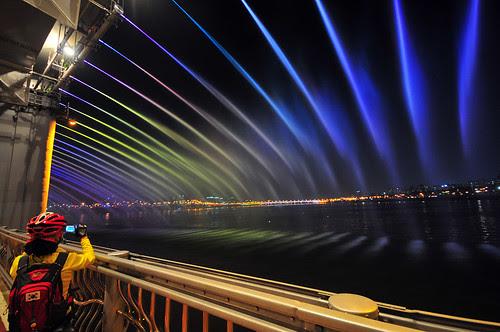 Water Display Show at Banpo Bridge Korea