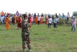 Hàng trăm người Việt và Campuchia 'va chạm' trên biên giới