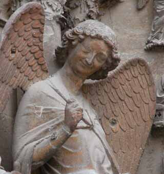 L'ange au sourire, the smiling angel of Reims