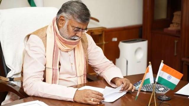 केंद्रीय मंत्री प्रहलाद सिंह पटेल कोरोना पॉजिटिव, संपर्क में आए लोगों से सावधान रहने को कहा