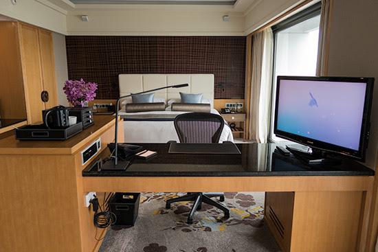 Ocean Grand Room Mandarin Oriental Singapore Bed