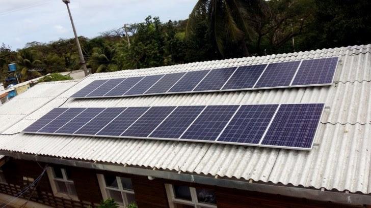 Resultado de imagem para Celpe instala placas solares em residencias de Fernando de Noronha