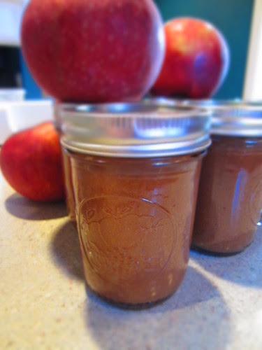 Gingerbread apple butter
