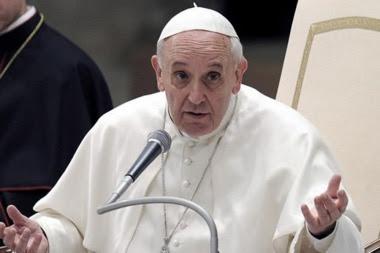 """La denuncia del Papa Francisco de la """"colonización ideológica"""" para imponer la ideología de género o teoría de género ha ocupado los titulares periodísticos"""